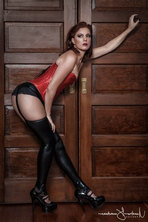 Alexane escort girl